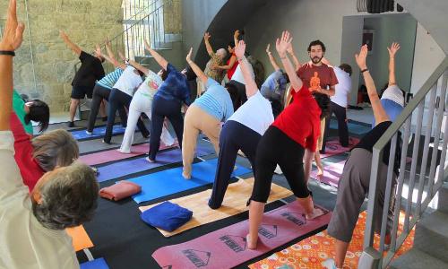 Estancias con Yoga para trabajar cuerpo y la mente